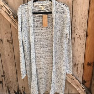 Long lightweight cardigan!